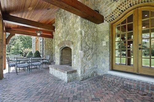 Outdoor Fireplace Contractors Chesapeake VA
